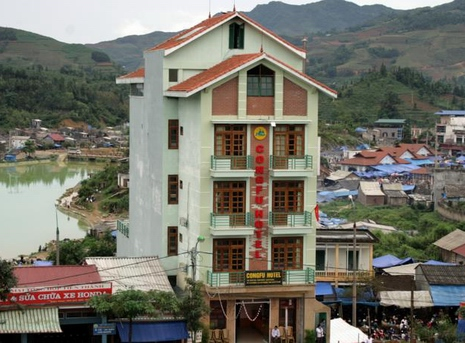 Cong Fu hotel in Bac Ha district