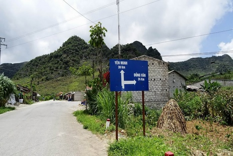 Over the heaven gates of Ha Giang