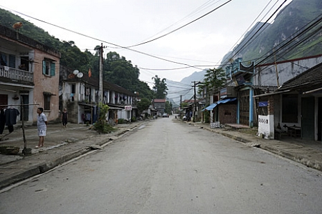 Deserted town Tinh Tuc